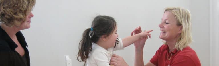 Tidlig ABA-træning af et barn med autisme